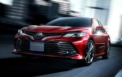 Toyota Camry Hybrid 2018 sẽ tiêu thụ xăng như xe ga
