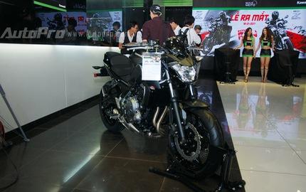 """Kawasaki Z650 2017 chốt giá 218 triệu Đồng có gì """"hot""""?"""
