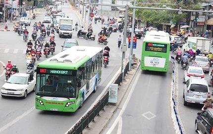 Tranh cãi làm xe buýt nhanh tại TP.HCM