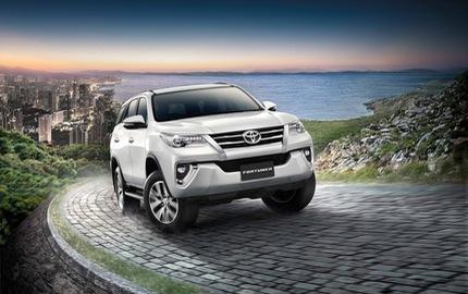 Toyota Fortuner 2017 chính thức ra mắt Đông Nam Á với trang bị tốt hơn