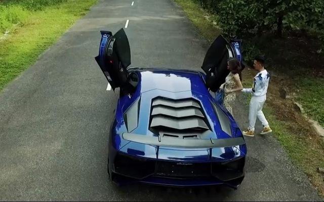 Minh Nhựa lần đầu chia sẻ video bộ đôi Aventador