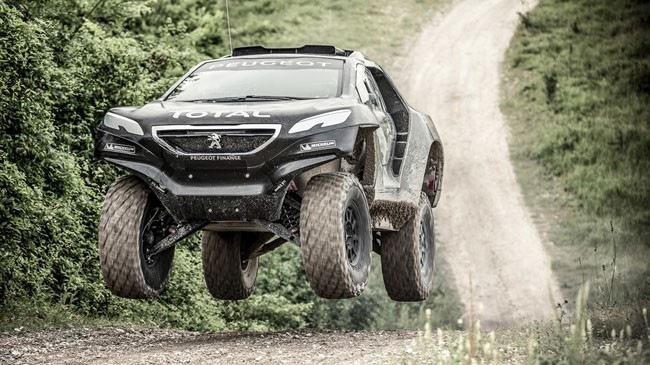 """""""Quái vật"""" dùng lốp 1 mét của Peugeot yếu hơn dự kiến"""