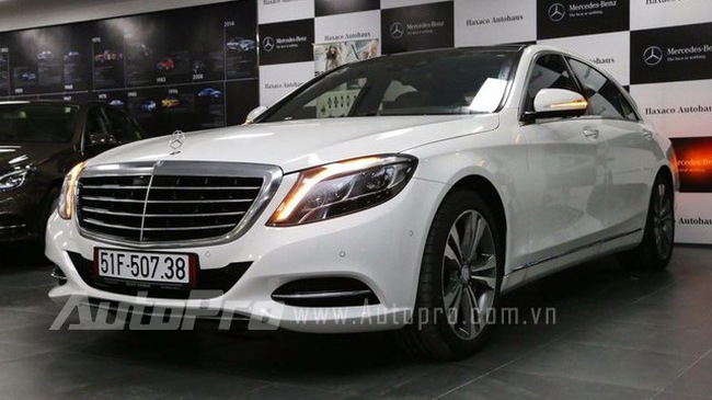 """""""Đột nhập"""" xe sang tiền tỷ mới S500L của Cường Đô-la"""