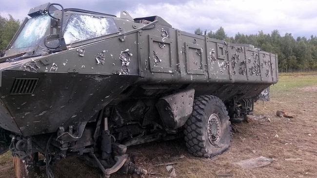 """Khám phá sự lỳ lợm của xe bọc thép """"cơn bão"""" Kamaz-63969"""