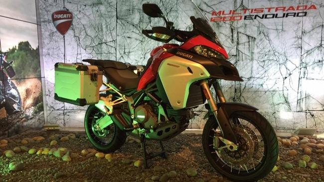 Ảnh thực tế mô tô Ducati giá trên 1 tỷ vừa ra mắt Việt Nam