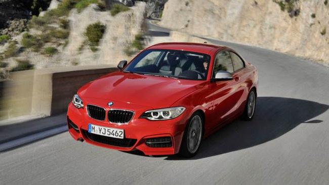 10 động cơ xe hơi tốt nhất thế giới năm 2017