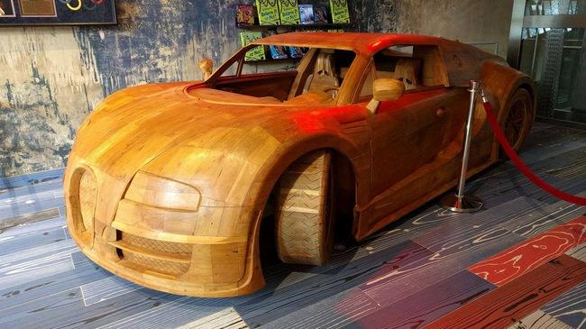 Cận cảnh Bugatti Veyron SuperSport trị giá chỉ hơn 70 triệu Đồng