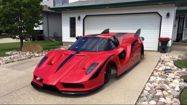 Ferrari Enzo tự chế, dùng động cơ máy bay Rolls-Royce, đạt vận tốc 650 km/h
