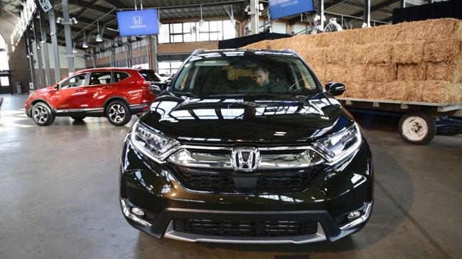 Video giới thiệu các tính năng nổi bật của Honda CR-V 2017 mới ra mắt