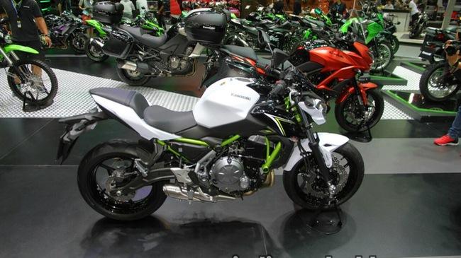 Naked bike tầm trung Kawasaki Z650 2017 cập bến Đông Nam Á