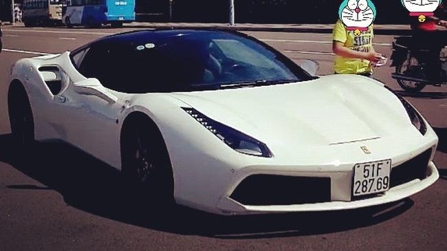 """Cường """"Đô-la"""" mang siêu xe Ferrari 488 GTB đi """"phượt"""" Vũng Tàu"""