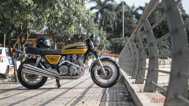 """Diện kiến hàng hiếm Honda CB750 Four """"độ"""" tại Hà Nội"""