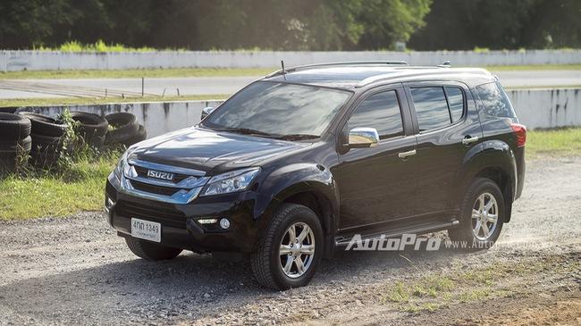 Trải nghiệm nhanh Isuzu MU-X - đối thủ của Toyota Fortuner