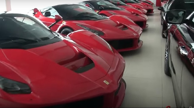 Bộ sưu tập 10 chiếc Ferrari LaFerrari tại Thụy Sĩ