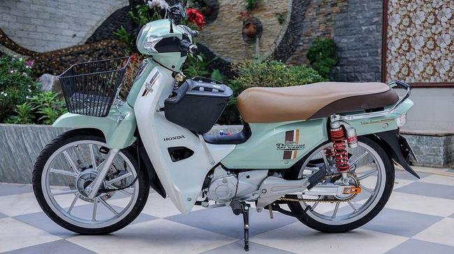 Honda Super Dream 110 độ nhẹ nhàng nhưng chất của tay chơi Việt