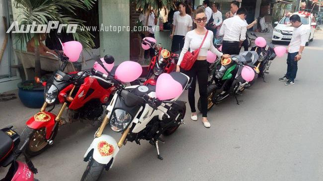 Hot girl 9X cùng đoàn Honda MSX 125 rước dâu tại Sài thành