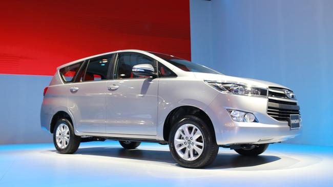 Thị trường ô tô Việt sôi sục với dàn xe mới