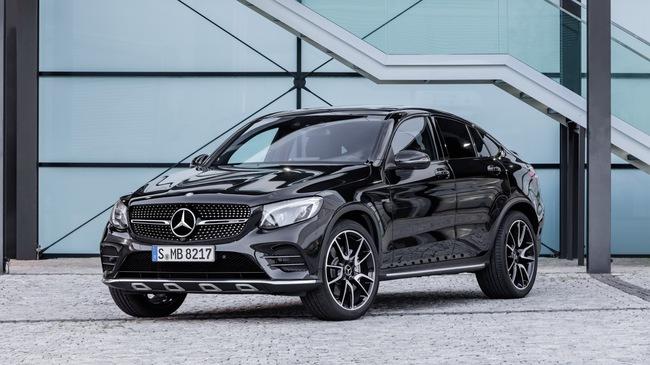 SUV hạng sang Mercedes-AMG GLC 43 4Matic Coupe trình làng