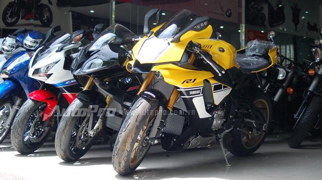 Yamaha YZF-R1 bản đặc biệt 60 năm bất ngờ xuất hiện tại Việt Nam