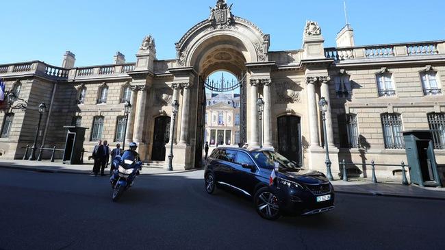 """Tân Tổng thống Pháp Emmanuel Macron có thêm SUV """"thửa riêng"""""""