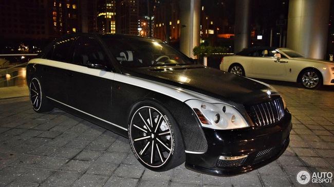 """Maybach 57S bản độ """"Sir Maybach"""" triệu đô tái xuất trên đường phố"""