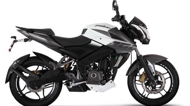 Xe naked bike Bajaj Pulsar 200NS 2017 ra mắt, giá từ 32,4 triệu Đồng