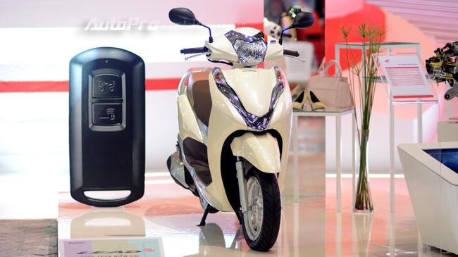 Loạt xe máy đình đám tại triển lãm VMCS 2017