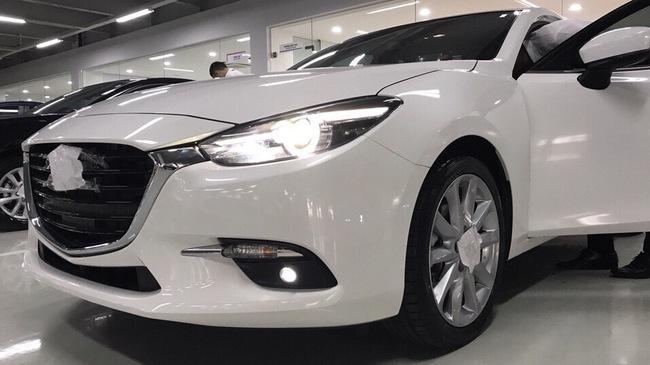 Mazda3 2017 lộ diện tại Việt Nam trước khi ra mắt chính thức vào tuần tới