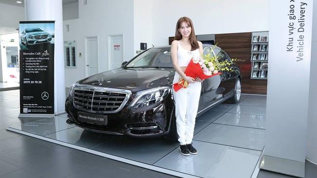 Ngọc Trinh tậu xe siêu sang Mercedes-Maybach S500 giá 11 tỷ Đồng