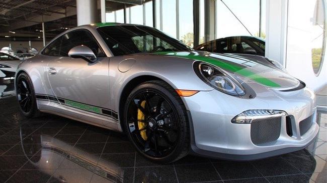 """Đây là chiếc Porsche 911 R bị """"làm giá"""" dễ chịu nhất trên thế giới"""