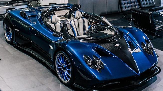 Cận cảnh 1 trong 3 chiếc Pagani Zonda HP Barchetta được sản xuất trên toàn thế giới