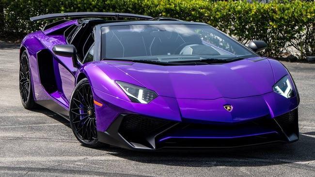 Vẻ đẹp siêu xe hàng hiếm Lamborghini Aventador SV Roadster màu tím