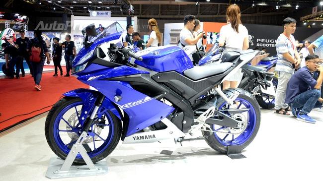 Cận cảnh Yamaha R15 3.0 2017 đầu tiên xuất hiện tại Việt Nam