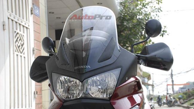 Siêu xe địa hình Honda Varadero ABS đến Việt Nam