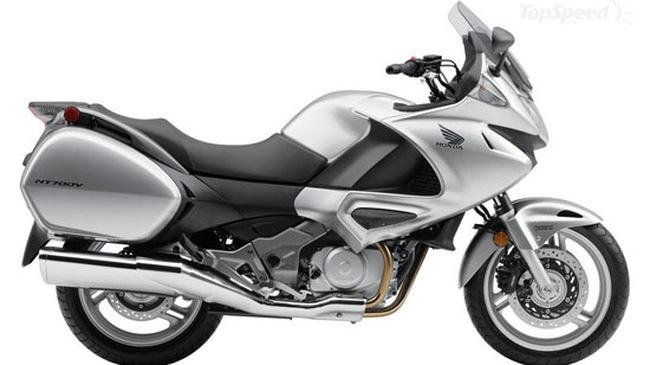 Mẫu mới nhất của Honda: 2010 NT700V