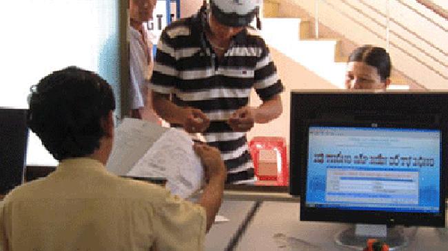 Thông báo địa điểm đăng ký ôtô - xe máy và giải quyết các vụ TNGT trên địa bàn Hà Nội
