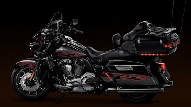 """CVO Ultra – """"Thiên thần bóng tối"""" của Harley Davidson"""