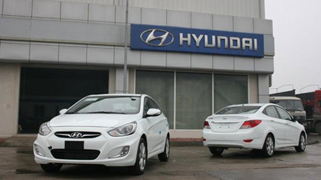 Xe Hyundai nhập khẩu đồng loạt tăng giá