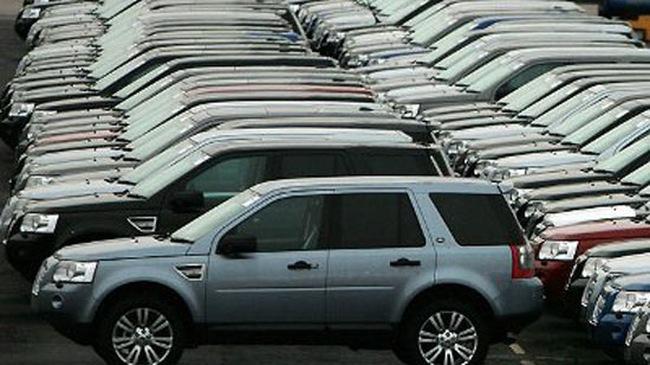 Tăng trần lệ phí trước bạ ôtô từ tháng 9 tới