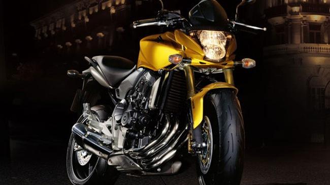 Môtô tầm trung Honda CB600F 2011 đổ bộ Việt Nam