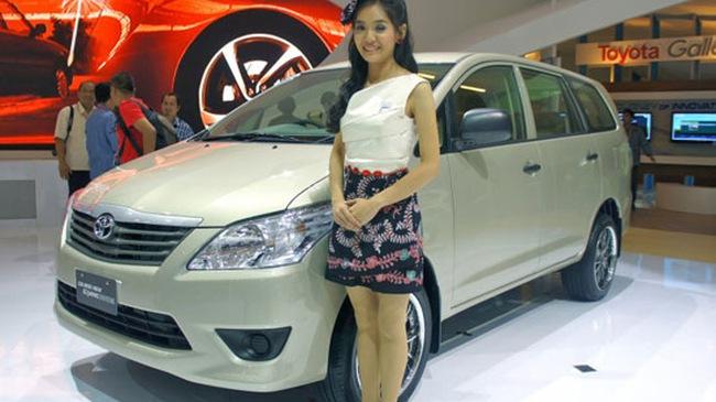 Toyota Innova 2012: Cải tiến nhẹ nhàng