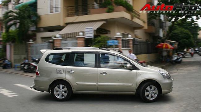 Nissan Grand Livina: Mẫu xe MPV hợp lý của Nissan