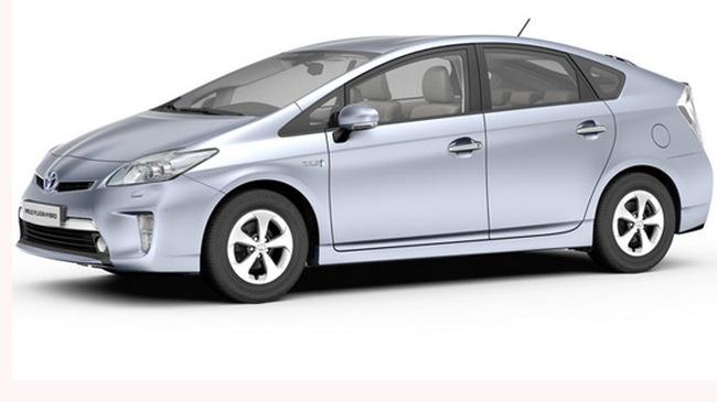 """Toyota Prius """"ngốn"""" 2,2 lít/100 km sắp trình làng"""