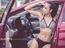Hyundai Elantra 2016 đọ dáng cùng cô nàng nóng bỏng