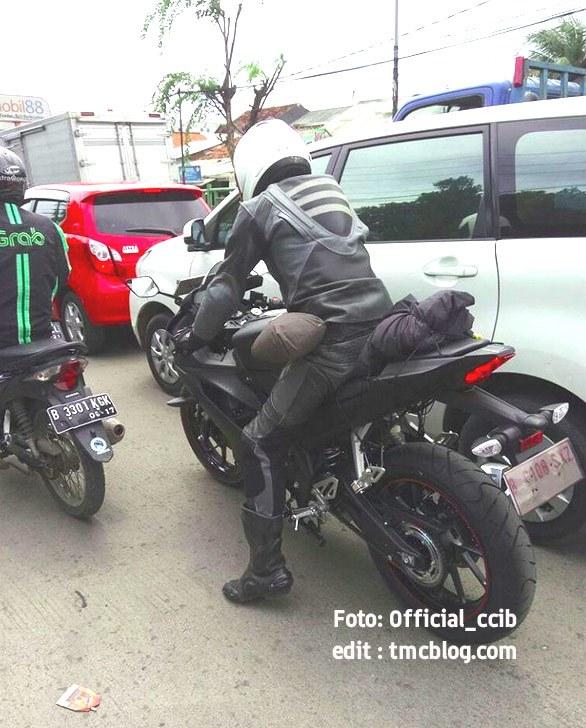Yamaha R15 thế hệ mới liên tục bị bắt gặp trên đường thử - Ảnh 2.