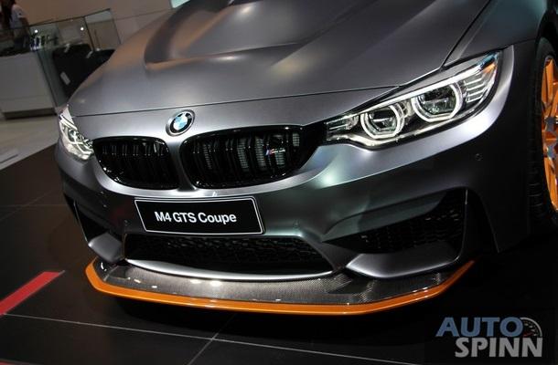 """""""Trái tim"""" của BMW M4 GTS là khối động cơ 6 xi-lanh TwinPower Turbo, dung tích 3.0 lít, sản sinh công suất tối đa 500 mã lực và mô-men xoắn cực đại 600 Nm."""