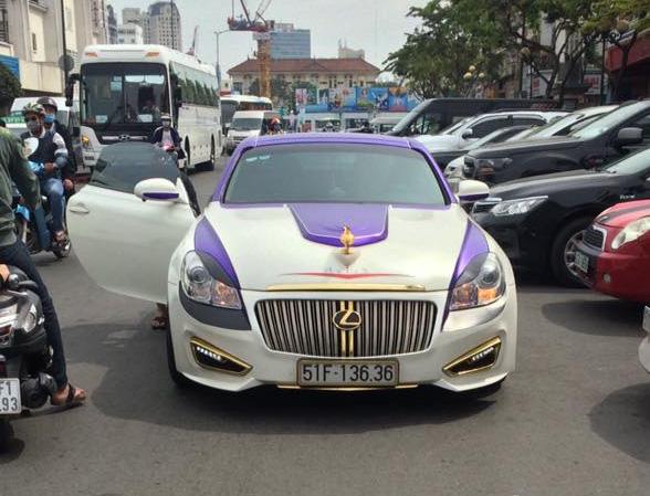 Bất ngờ bắt gặp xe của thần đèn Aladdin trên phố Sài thành - Ảnh 4.