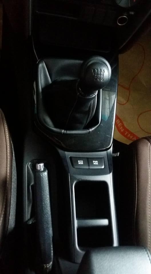 Toyota Fortuner 2017 ra mắt Việt Nam trong tuần này có thêm bản máy dầu, số sàn - Ảnh 7.