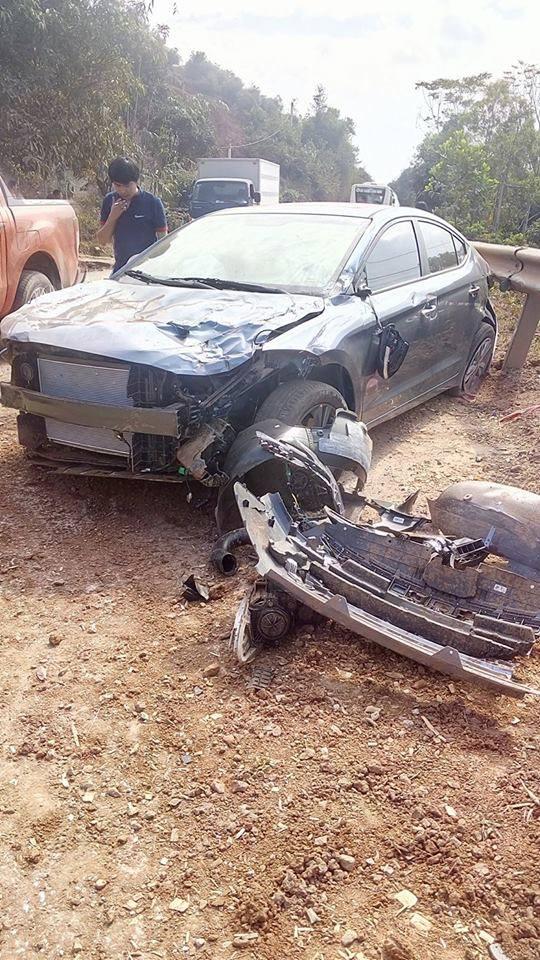 Bắc Giang: Hyundai Elantra đập hộp gặp nạn trên đường từ đại lý về nhà - Ảnh 2.