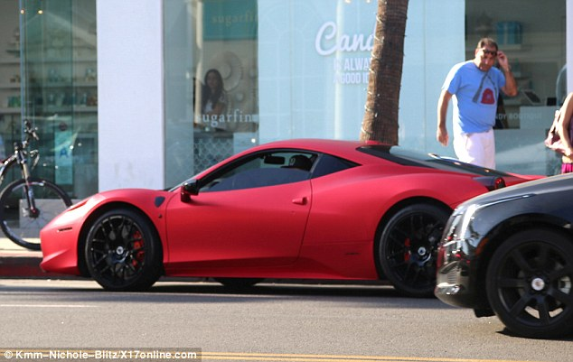 Justin Bieber rao bán siêu xe Ferrari 458 Italia độ Liberty Walk - Ảnh 3.